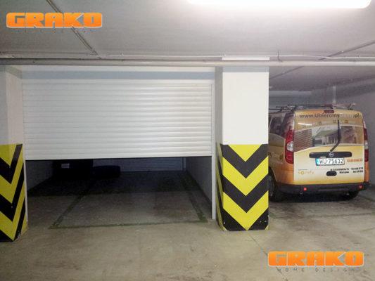 Brama rolowana w hali garażowej - Realizacja Grako w Warszawie